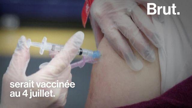 La prison pour ceux qui ne se font pas vacciner, des billets pour la finale de l'Euro ou des joints préroulés pour inciter à le faire... Un peu partout dans le monde, chacun a sa méthode pour accélérer la vaccination.
