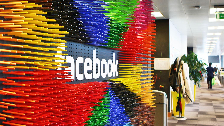 Facebook annonce la création de 10 000 emplois dans l'Union européenne pour développer le