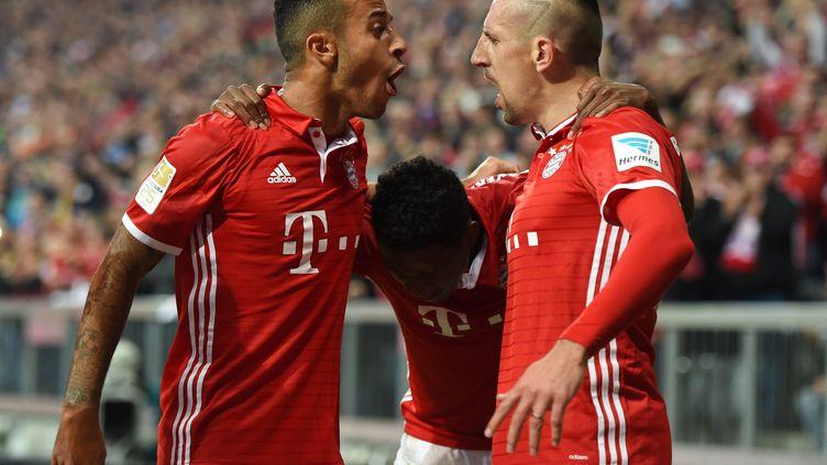 Thiago Alcantara et Ribéry très heureux avec le Bayern