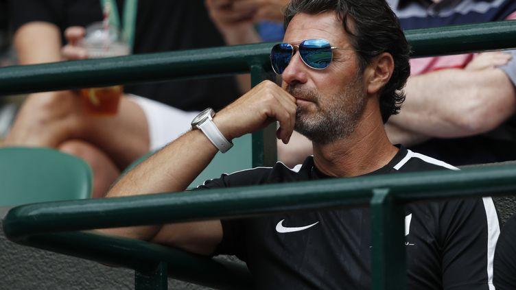 Patrick Mouratoglou lors du tournoi de Wimbledon, le 6 juillet 2019 (ADRIAN DENNIS / AFP)