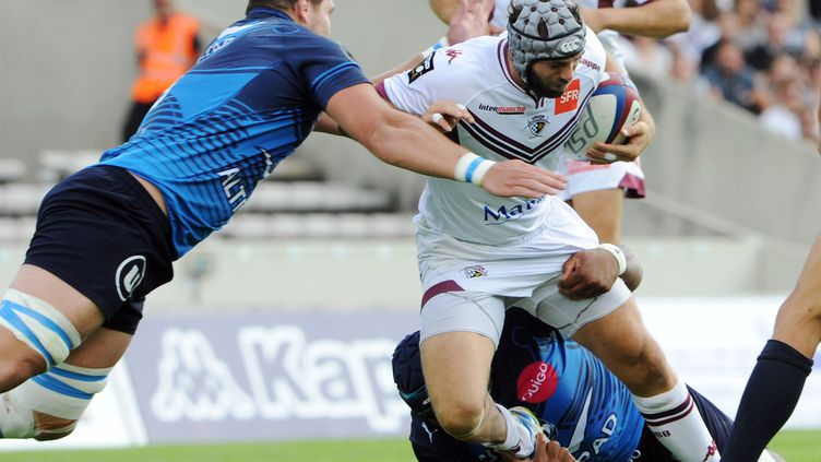 Le joueur de Montpellier Paul Willemse face à Julien Rey (Bègles-Bordeaux) (MEHDI FEDOUACH / AFP)