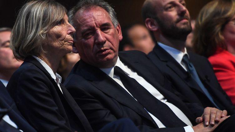 Marielle de Sarnez etFrancois Bayrou, le 24 mai 2019, lors d'un meeting de campagne pour les élections européennes, à Paris. (CHRISTOPHE ARCHAMBAULT / AFP)
