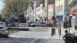 L'attaque au couteau a fait deux morts,le 4 avril 2020, à Romans-sur-Isère (Drôme). (MAXPPP)