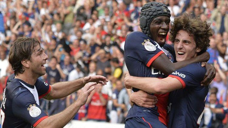 La joie de Maxwell, Matuidi et Adrien Rabiot pour le PSG