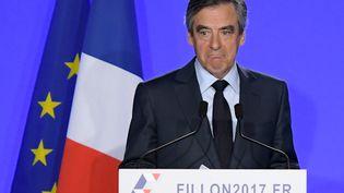 François Fillon, le 1er mars 2017. (CHRISTOPHE ARCHAMBAULT / AFP )
