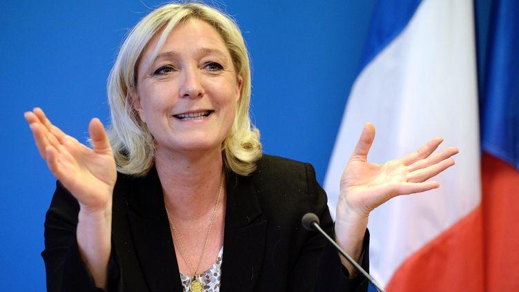 La présidente du Front national, Marine Le Pen, le 30 mars 2014 à Nanterre (Hauts-de-Seine). (PIERRE ANDRIEU / AFP)
