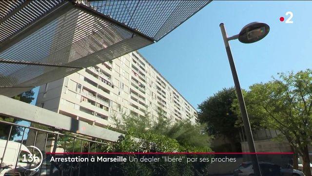 Marseille : un dealer interpellé parvient à s'enfuir lors d'affrontements entre des proches et la police