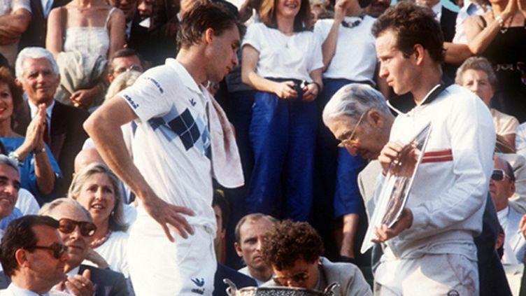 Ivan Lendl et John McEnroe après une finale renversante en 1984