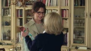"""L'actrice-réalisatrice-humoriste Valérie Lemercier s'essaye à la comédie romantique. Cela donne un film loin d'être niais. """"Marie-Francine"""" a 50 ans et doit retourner chez ses parents. (FRANCE 3)"""