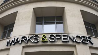 Marks and Spencer fait partie des marques épinglées par l'enquête de la BBC. (JACQUES LOIC / PHOTONONSTOP / AFP)