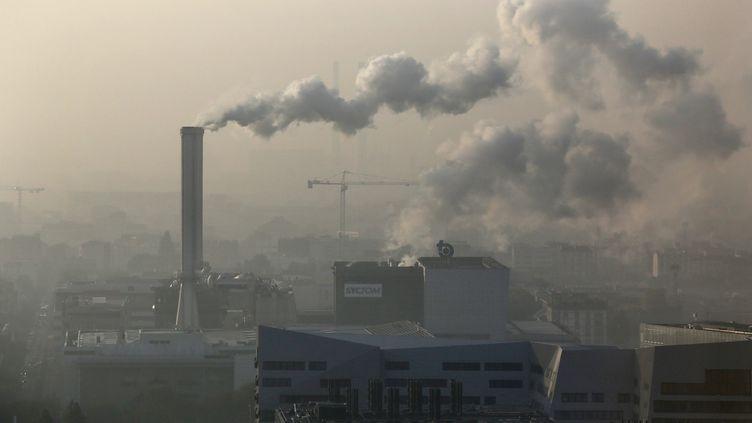 Le ciel pollué de Paris, le 23 septembre 2014. (MAXPPP)