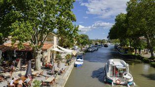 Le canal du Midi fait partie des voies navigables concernées par le programme de rénovations annoncé par le gouvernement le 6 mai 2015. (JEAN-PIERRE DEGAS / HEMIS.FR / AFP)