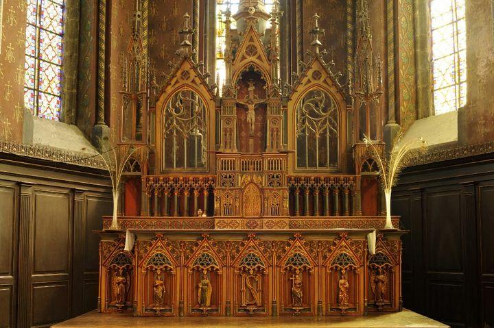 L'autel de la collégiale d'Avesnes sur Helpe (Nord) en 2012. (SOBERKA RICHARD / HEMIS.FR)