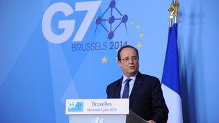 Le président Français François Hollande a donné une conférence de presse au sommet du G7, le 4 juin 2014 à Bruxelles. (DURSUN AYDEMIR / ANADOLU AGENCY)