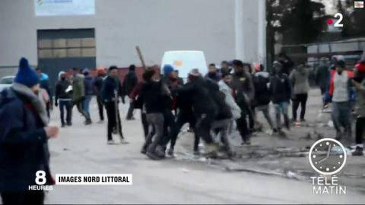 Les bagarres ont été violentes à Calais. (FRANCE 2)