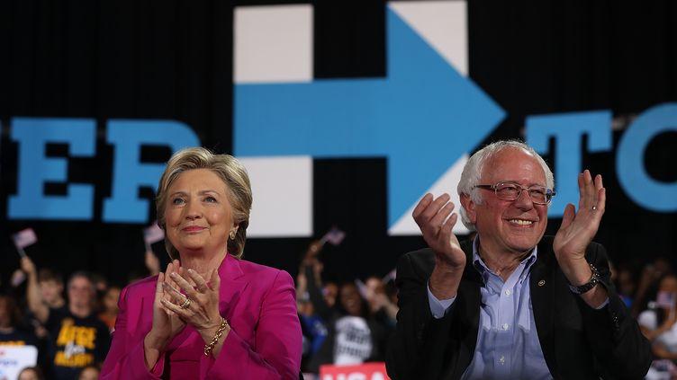 Meeting d'Hillary Clinton à Raleign (Caroline du Nord) aux côtés de Bernie Sanders, le 3 novembre 2016 (JUSTIN SULLIVAN / GETTY IMAGES NORTH AMERICA)