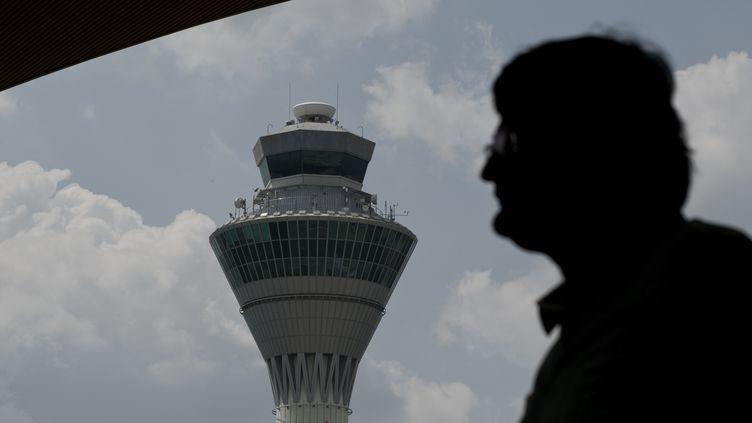 La tour de contrôle de l'aéroport de Kuala Lumpur(Malaisie), le 19 mars 2014. (MOHD RASFAN / AFP)