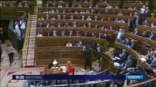 Espagne : après l'arrestation d'élus, les Catalans dans la rue