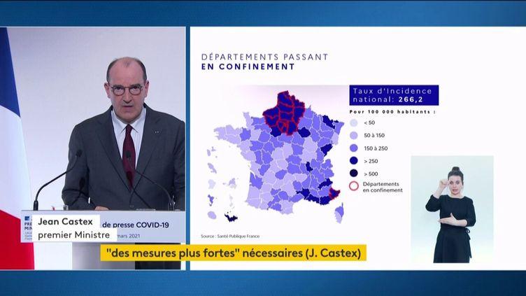 Jean Castex présente de nouvelles mesures de restriction, le 18 mars 2021 à Paris. (FRANCEINFO)