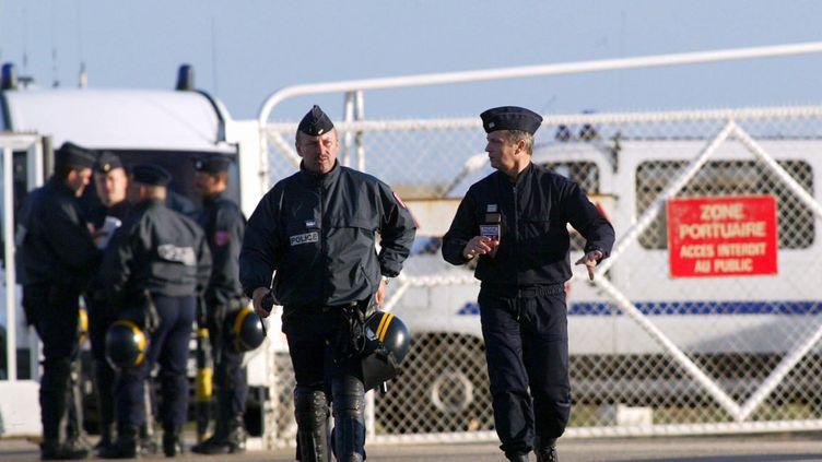 (Illustration / Des policiers à Cherbourg © MaxPPP)