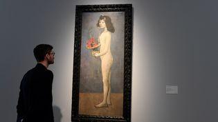 """Picasso """"Jeune fille à la corbeille fleurie"""" mis aux enchères en mai 2018 chez Christie's New York  (BERTRAND GUAY / AFP)"""