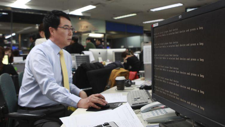 Les ordinateurs de la chaîne sud-coréenne YTN ont été victimes d'un logiciel malveillant introduit par des hackers à partir d'une adresse IP chinoise, le 20 mars 2013. (YTN / REUTERS)