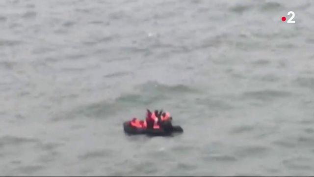 Migrants : le Royaume-Uni renforce ses contrôles en mer