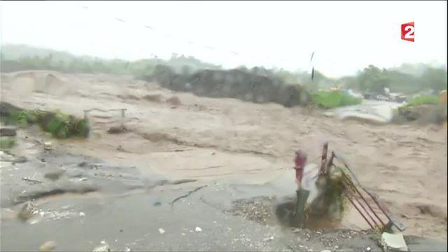 Caraïbes : au moins neuf morts après le passage de l'ouragan Matthew