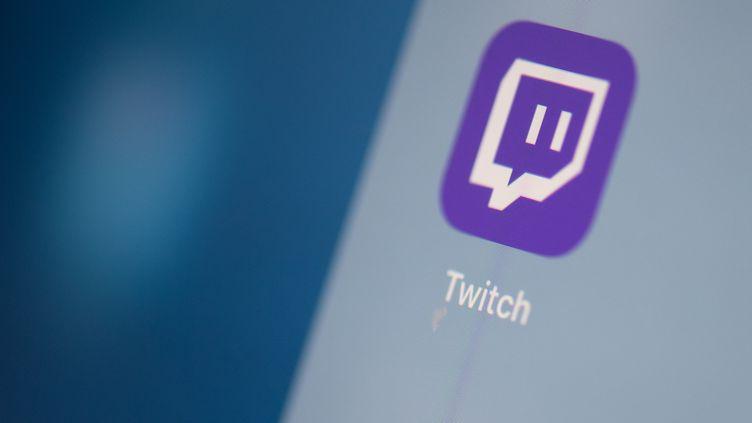 Le logo Twitch sur un écran. (MARTIN BUREAU / AFP)