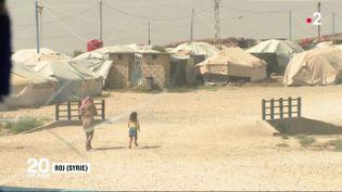 Environ 150 enfants de jihadistes sont détenus dans des camps comme celui-ci, à Roj (Syrie). (FRANCE 2)