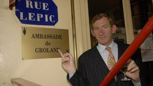 Christophe Salengro à l'ambassade de Groland, en 2007. (MAXPPP)