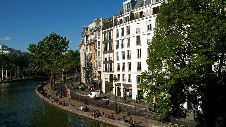 Quai de Jemmapes, dans le 10e arrondissement de Paris. (WILFRIED LOUVET / AFP)