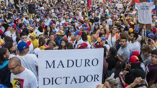 Des centaines de milliers d'opposants au président du Venezuela ont défilé mercredi à Caracas et dans de nombreuses autres villesdu pays. (MAXPPP)