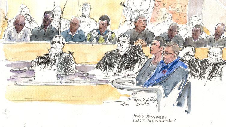 Croquis de l'audience d'ouverture du procès de l'A13, le 8 avril 2013, à la cour d'assises des Yvelines, à Versailles. (BENOIT PEYRUCQ / AFP)