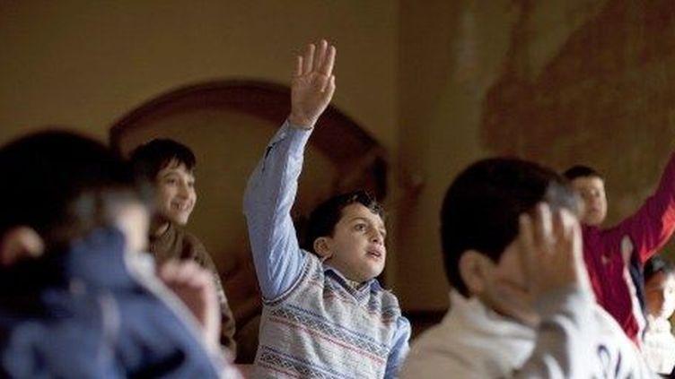 Des écoles s'improvisent dans les mosquées d'Alep (AFP)