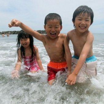 La plage Nasoko, située à seulement 65 km de la centrale de Fukushima, le 16 juillet 2012... (AFP PHOTO / JIJI PRESS JAPAN OUT)