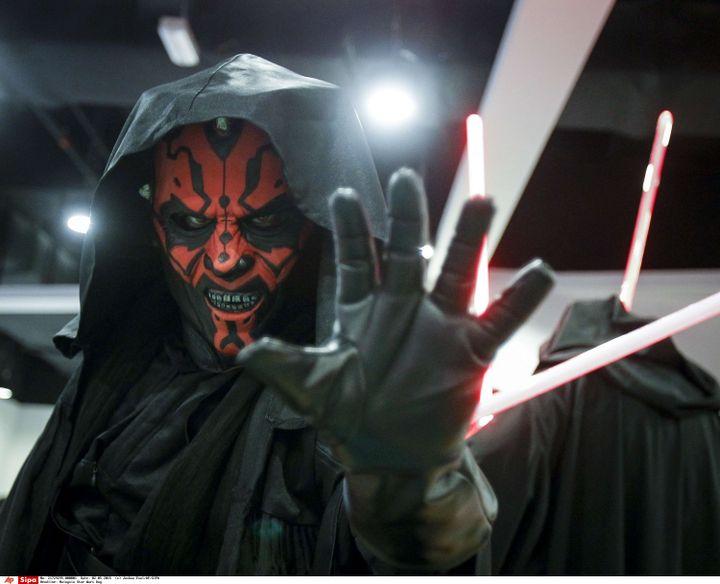 Un participant déguisé en Dark Maul au Star Wars Day de Kuala Lumpur (Malaisie), le 2 mai 2015. (JOSHUA PAUL/AP/SIPA / AP)