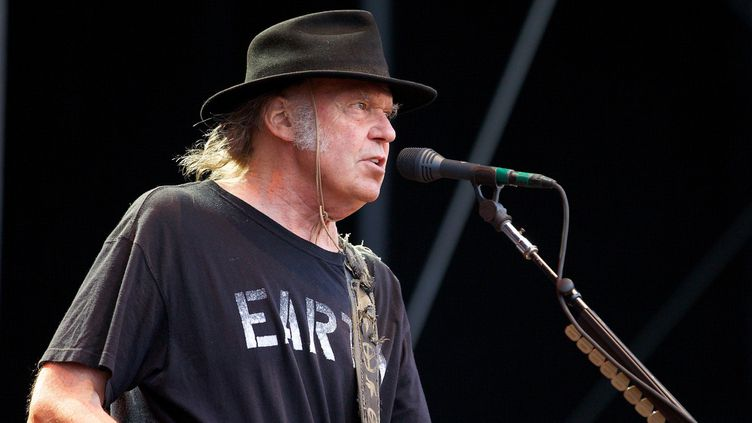 Neil Young en juillet 2014  (ERWIN ELSNER / DPA / DPA PICTURE-ALLIANCE)
