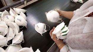 L'ex-usine Spérian de Plaintel (Côtes-d'Armor) produisait il y a quelques années plus de 8 millions de masques par anet sa capacité de production dépassait même les 200 millions de masques en 2010. (FRED DUFOUR / AFP)