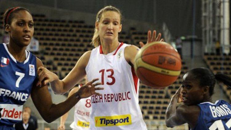 Sandrine Gruda (à droite) (JANEK SKARZYNSKI / AFP)