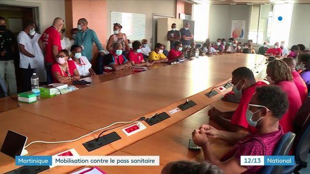 Martinique : la mobilisation des anti-pass sanitaire prend de l'ampleur dans les hôpitaux