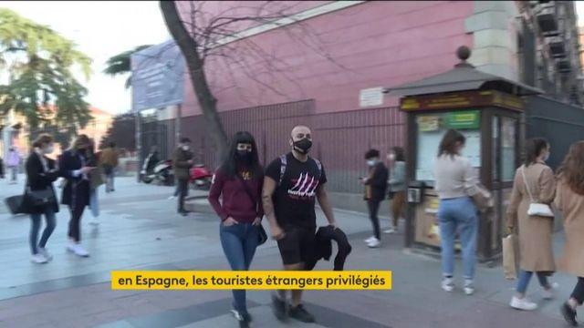 Espagne : les touristes en profitent plus que les locaux