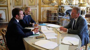 Emmanuel Macron recevant Francois Hommeril, président de la CFE-CGC, le 23 mai 2017 à l'Elysée (Paris). (PHILIPPE WOJAZER / POOL)