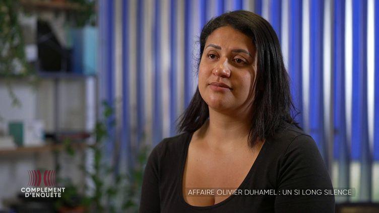 """""""J'ai décidé de soutenir mon père à ma manière"""" : Aurore, la fille d'Olivier Duhamel, s'exprime dans """"Complément d'enquête"""" (""""COMPLEMENT D'ENQUETE"""" / FRANCE 2)"""