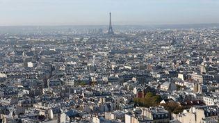 Paris, la ville certainement la plus chantée à travers des milliers de mélodies. Francis Lemarque,Yves Montand, leChœur Claire Caillard-Hayward, notamment. (Ilustration) (PHOTO12 / GILLES TARGAT / AFP)