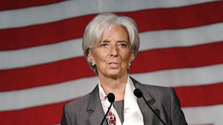 La directrice du FMI Christine Lagarde lors d'un discours aux étudiants diplômés de l'université de Cambridge (Etats-Unis), le 23 mai 2012. (EMMANUEL DUNAND / AFP)