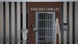 L'entrée des parloirs réservés aux famille à laprison d'Aix-Luynes 2, en octobre 2018. (GERARD JULIEN / AFP)