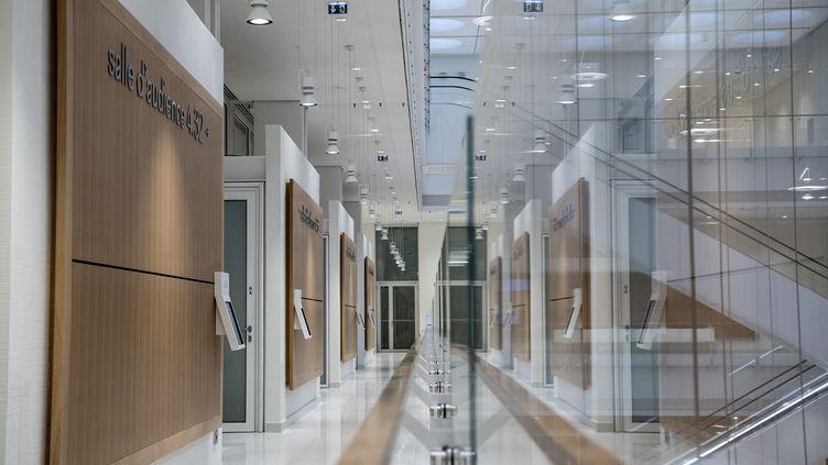 Le palais de justice de Paris, réalisé par l'architecte italien Renzo Piano, le 26 mars 2018. (CHRISTOPHE ARCHAMBAULT / AFP)