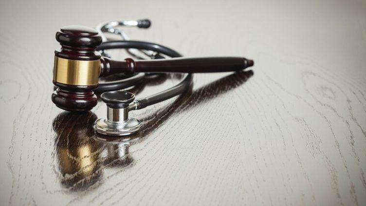 Un praticien hospitalier n'avait jusqu'ici jamais été condamné pour homicide involontaire.