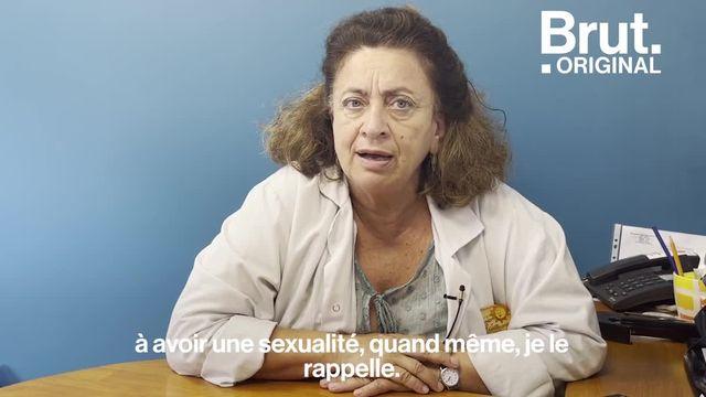 """Dans une vidéo Snapchat publiée le 2 septembre dernier, l'ex candidate de téléréalité Maeva Ghennam a provoqué la polémique après avoir fait la promotion d'interventions esthétiques pour se """"rajeunir le vagin"""". En rebond, on a posé six questions très simples à Ghada Hatem, gynécologue, médecin-cheffe présidente et fondatrice de la Maison des Femmes."""